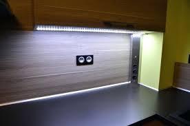 ruban led cuisine eclairage plan de travail cuisine led led pour plan de travil noir