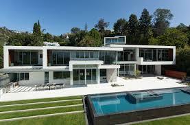 modern white mansion u2013 modern house