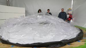inflating the thanksgiving day parade wfae