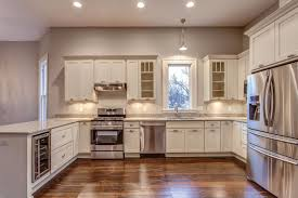 White Shaker Cabinets Kitchen Photo Gallery - Shaker cabinet kitchen