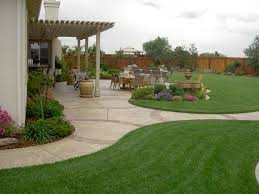 Easy Backyard Patio Simple Backyard Landscape Design Tavoos Co