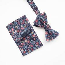 floral bowtie soho floral bow tie by sun london notonthehighstreet