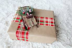cheap gift wrap diy gift wrapping ideas for the holidays momming