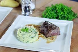 comment cuisiner un steak de cheval pavé de rumsteck de cheval purée de pommes de terre céleri et
