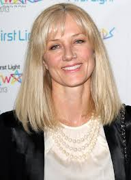 joely richardson modern shoulder length hairstyle for a 50 years