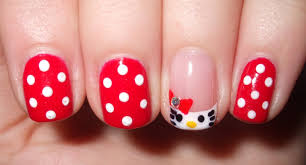 Best Stick On Nails Robin Moses Nail Art Minimalist Nails Minimalist Nail Art Design