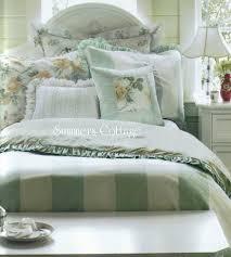 Ruffle Bedding Shabby Chic by Best 25 Shabby Chic Comforter Ideas On Pinterest Shabby Chic