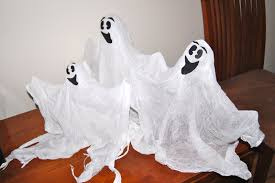 how to make ghost decorations from muslin for halloween