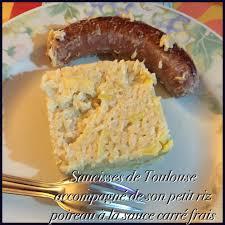 cuisiner saucisse de toulouse saucisses de toulouse accompagné de petit riz poireaux à la