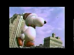 snoopy balloon at macy s thanksgiving day parade 1987
