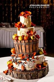 fall wedding cakes 32 orange yellow fall wedding cakes with maple leaves pumpkins