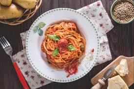 giallo zafferano cucina vegetariana ricetta spaghetti con le polpettine vegetariane la ricetta di