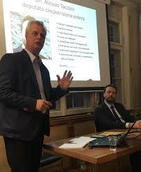 consolato italiano lucerna incontro su referendum riforma costituzionale alessio tacconi