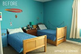 Accent Walls For Bedrooms Boys Bedroom Graphic Racing Stripes Painted Accent Wall