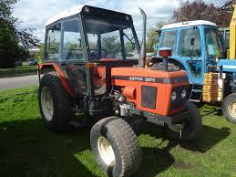 5221 zetor 5211 tractor on turf tyres gwo