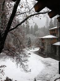 thanksgiving snow picture of the majestic yosemite hotel