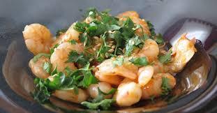 comment cuisiner les crevettes congel馥s les crevettes marinées à picorer pour l apéro ma p tite cuisine
