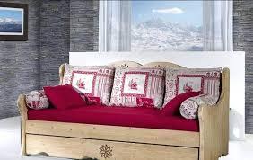 lit transformé en canapé transformer lit en banquette banquette lit la redoute daybed