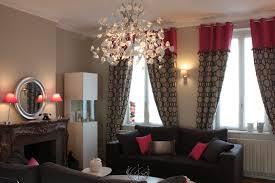 decoration maison bourgeoise rouge amande