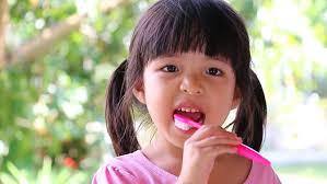 Little Girl Meme Teeth - cute asian little girl brushing teeth s礬quences vid礬o libres de