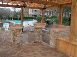 Designs For Outdoor Kitchens by Backyard Pool And Outdoor Kitchen Designs Design E Inside Inspiration
