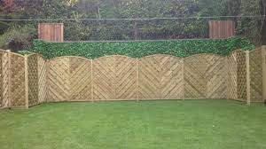 15 garden screening ideas for creating a garden privacy screen