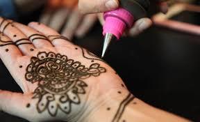 henna makeup as makeup ritual
