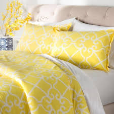 Green And Yellow Comforter Best 25 Yellow Comforter Set Ideas On Pinterest Yellow And Gray