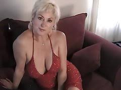 Older ladies big boobs   Thepicsaholic com Older Women Wanting Sex  Mature women are extremely active on adult online