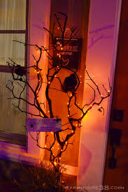 decorated halloween trees halloween front porch decor farmhouse38