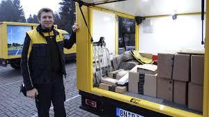 Post Bad Cannstatt Unterwegs Mit Der Post Auf Ihn Warten Vor Weihnachten Alle Gerne