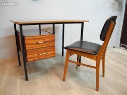 bureau en bois ancien ancien bureau bois et métal a 50s 60s atelier 1954