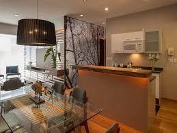 cuisine ouverte avec bar sur salon cuisine moderne quels meubles de cuisine ouverte