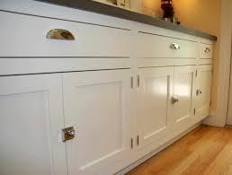 kitchen cabinets hardware ideas kitchen cabinet doors shaker cabinet hardware ideas memsahebnet
