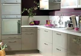 cuisine taupe quelle couleur pour les murs meuble cuisine couleur taupe meuble cuisine couleur taupe