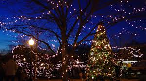 Christmas Light Pictures The Best Small Towns For Christmas In The South Southern Living