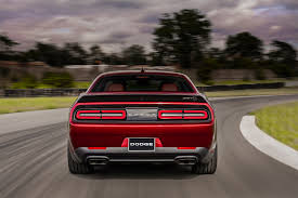 hellcat challenger 2017 challenger srt hellcat gets a widebody for 2018 automobile magazine