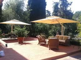 Patio Umbrellas At Walmart Best Cantilever Umbrella Reviews Top Tips For Buying Patio Best