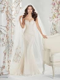 The Best Wedding Dresses Best Wedding Dress Makers Top Plus Size Wedding Dress Designers
