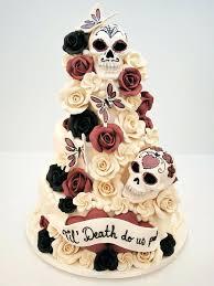 skull wedding cake toppers sugar wedding cake toppers skeletons weddings and skull fondant