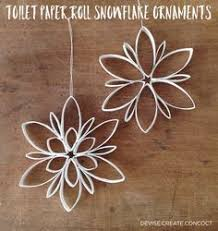 30 tree ornaments to make toilet paper roll toilet