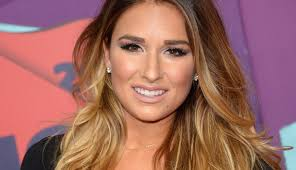 highlights vs frosting of hair how to do balayage highlights at home beautyeditor