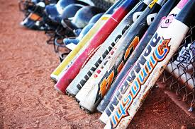 cheap softball bats 20 best softball bats top fastpitch and slowpitch models dugout