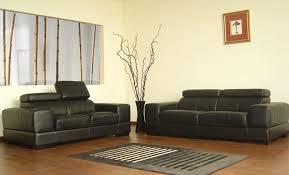 habiller un canapé canapé noir en cuir photo 6 12 la décoration du salon ne doit