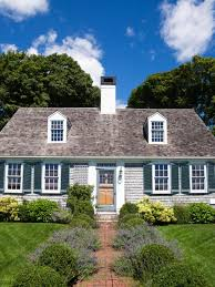 landscaping ideas for colonial style house