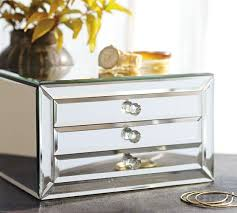 Pottery Barn Jewelry Stand Best 25 Mirrored Jewelry Box Ideas On Pinterest Mirror Jewelry