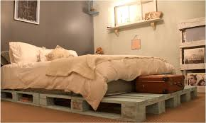 Diy Platform Bed From Pallets by Build Platform Beds Made Out Of Pallets Glamorous Bedroom Design