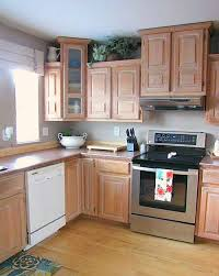 How To Paint Your Kitchen Cabinets by Before U0026 After How White Paint Saved This Kitchen