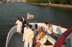 thames river cruise edwardian thames luxury charters wedding venue london greater london