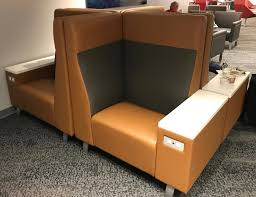 sofa club los angeles review american admirals club lax terminal 5 one mile at a time